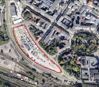 Rusza budowa centrum przesiadkowego Sądowa. Zniknie sporo miejsc parkingowych w centrum