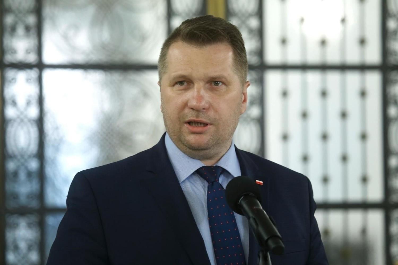 Matura 2021 i egzamin ósmoklasisty nadchodzącej wiosny były tematami konferencji prasowej Przemysława Czarnka, ministra edukacji i nauki w środę (16 grudnia)