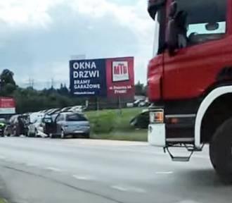 Poważny wypadek w Żywcu. Zderzyły się cztery samochody