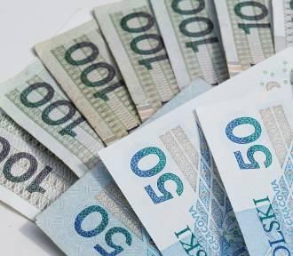 Ile się zarabia w województwie łódzkim? Przeciętne wynagrodzenia w lutym 2019 według GUS