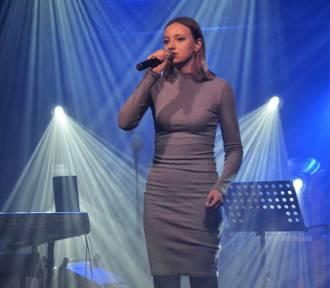 """Młodzież z powiatu sztumskiego wyśpiewała sobie zwycięstwo podczas konkursu """"Wielcy Nieobecni"""""""