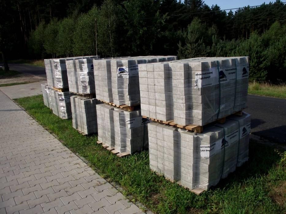 Ścieżka rowerowa Nądnia - Nowa Wieś. II etap budowy dobiega końca