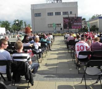 Mecze Polaków na placu Chopina. Puławy zorganizują strefę kibica