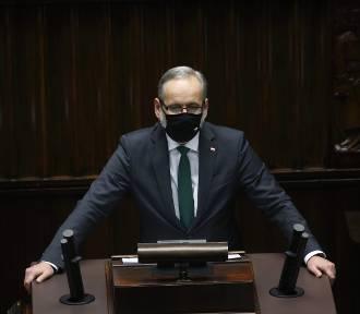 Nowe obostrzenia od soboty 27 lutego. Co ogłosił minister?