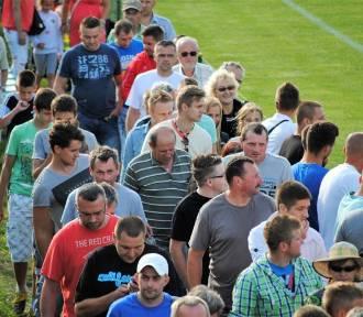 Pamiętasz te tłumy kibiców na stadionie w Mostkach?