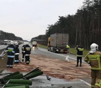 Poważny wypadek na autostradzie A2 pod Nowym Tomyślem [ZDJĘCIA]