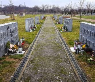 Rusza budowa kaplicy na cmentarzu przy Bronowickiej [ZDJĘCIA]