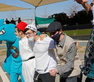 Izrael: kontrowersyjne prawo ma zachęcać obywateli do szczepień