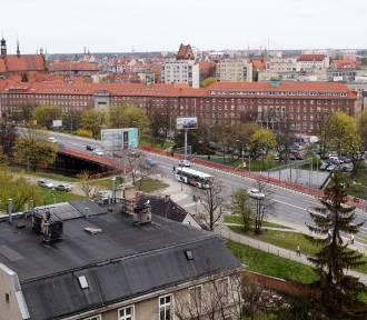 Nowe wiadukty Biskupia Górka z widokiem na kazamaty