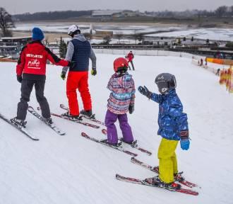 Co robić zimą w Poznaniu? Czynne są lodowiska i stok narciarski