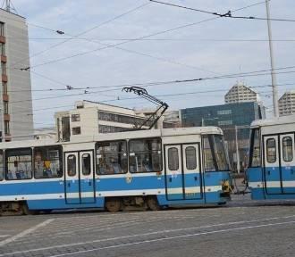 Na placu Grunwaldzkim wykoleił się tramwaj (16.10.2019)