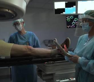 Chorych na COVID19 będą leczyć promieniowaniem