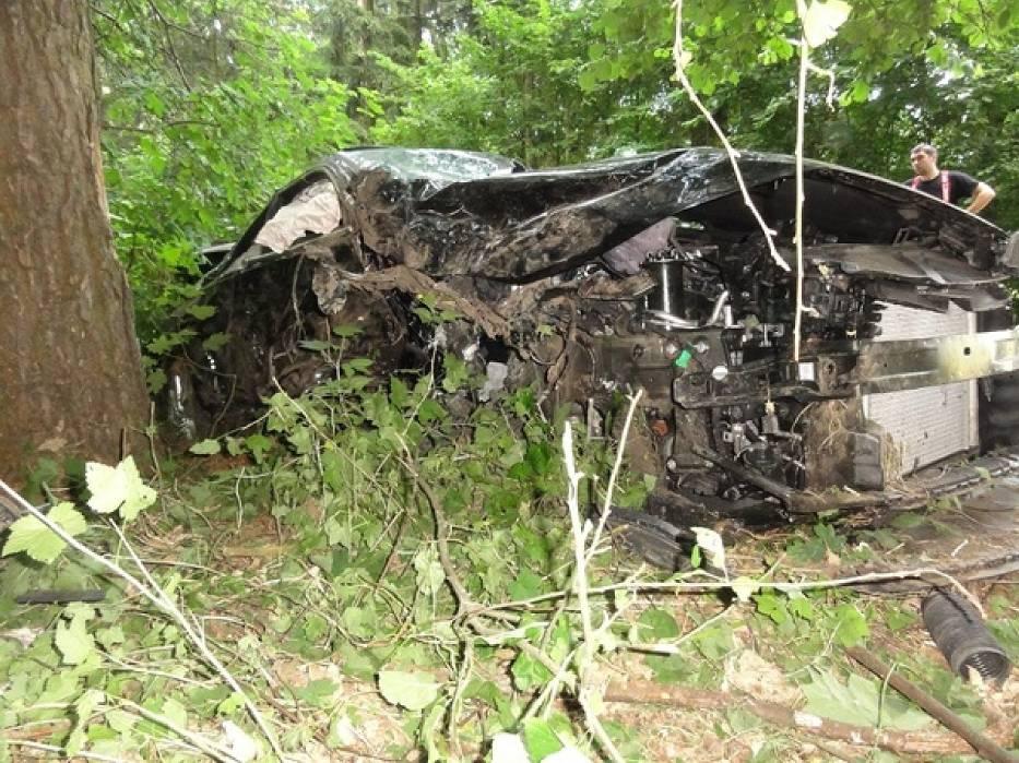 Wypadek w Imiołkach. 5 osób trafiło do szpitala, w tym dziewczynka, która została przetransportowana śmigłowcem