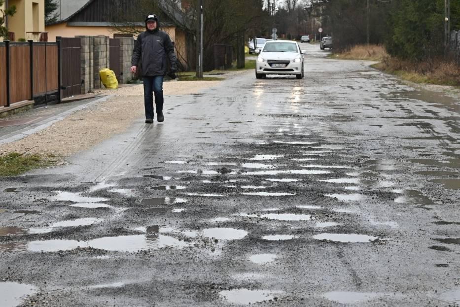 Najbardziej dziurawe drogi w Kielcach. Zobaczcie zdjęcia i film