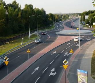Przebudowa Gdyńskiej zakończona. Kierowcy mogą korzystać z dwóch pasów w obie strony