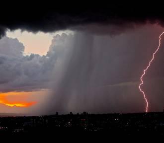 Ostrzeżenie IMGW: dziś burze i gradobicie!