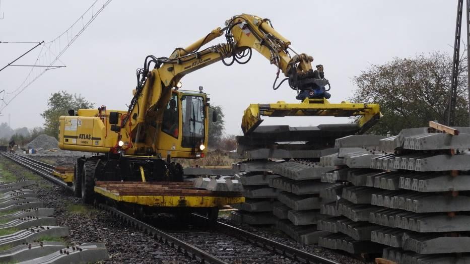 Ruszyły intensywne prace przy modernizacji linii kolejowej nr 281 Krotoszyn-Oleśnica [FOTO]