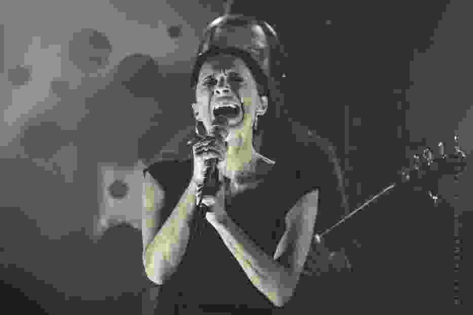 Renata Przemyk na koncercie na Barce