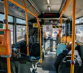 """Brak maseczki w autobusie lub tramwaju? """"Kierowcy zatrzymują pojazd"""""""