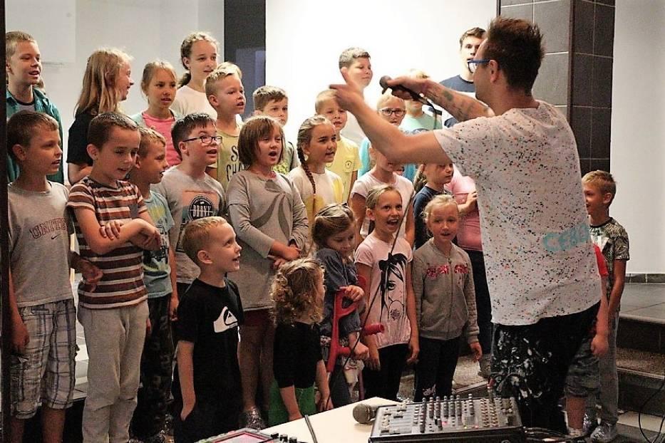 Tomasz Cebo i ostatnie zajęcia w Wakacyjnym Folwarku Dziecięcym