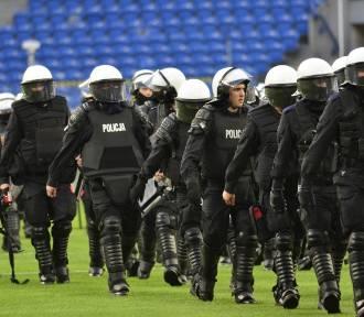 Lech - Legia: Ilu zatrzymanych po meczu? Policja zaskakuje