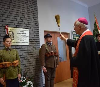 W szkole w Zduńskiej Dąbrowie przypomniano bohaterską łączniczkę Batalionów Chłopskich [ZDJĘCIA]