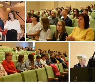 Uroczyste wręczenie stypendiów, uczniom szkół gminy Zbąszyń