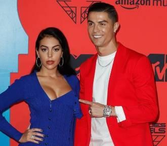 Partnerka Cristiano Ronaldo - Georgina Rodriguez - w niezwykle seksownym bikini