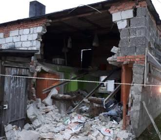 Tragiczna śmierć w Łebczu (listopad 2018): wybuch butli gazowej i pożar w gminie Puck. Na miejscu