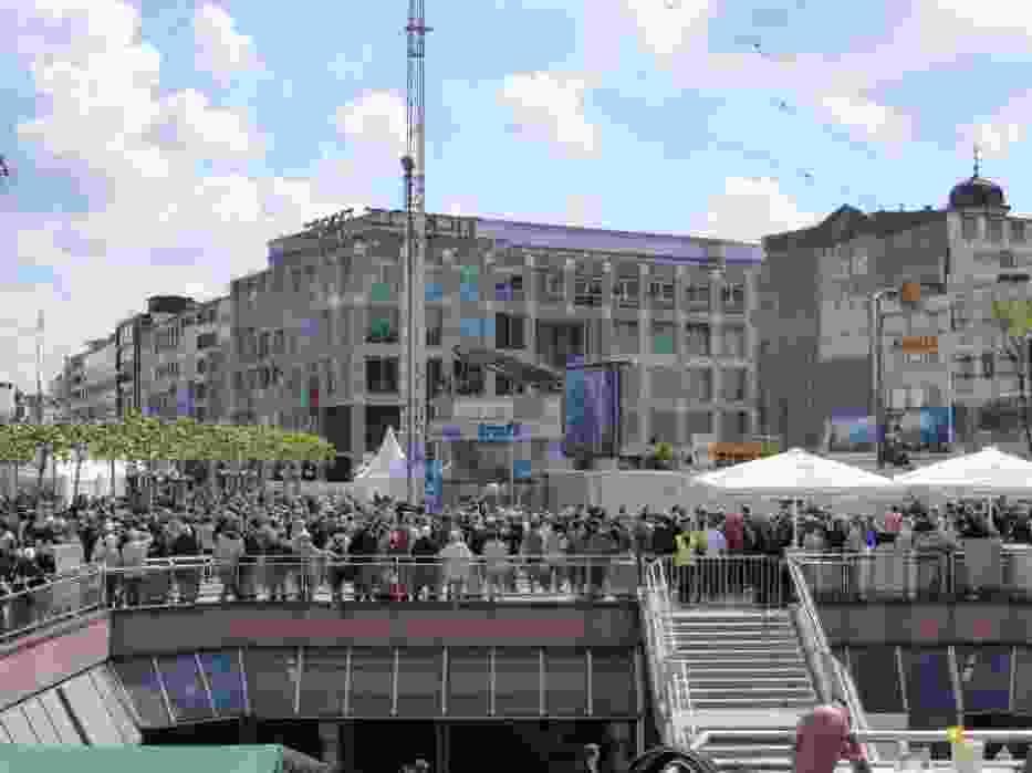 """W tegorocznym festiwalu (Wolkenkrazer-Festival) """"drapaczy chmur"""" wzięło udział ponad milion ludzi"""