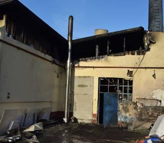 Pożar mleczarni w Zielinie. Straty sięgają 900 tys. zł. (WIDEO, FOTO)