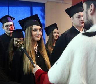 Uroczysta immatrykulacja w WSPA. Nowi studenci rozpoczęli naukę (ZDJĘCIA)
