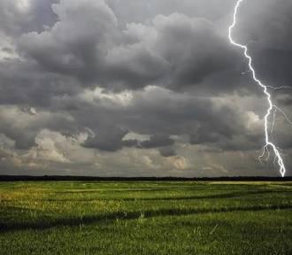 Uwaga na burze z gradem. Dla powiatu sieradzkiego wydano ostrzeżenie II stopnia
