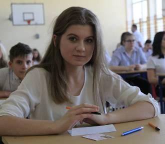 Egzamin gimnazjalny 2018. Pierwszy dzień testów w Łodzi [ZDJĘCIA]