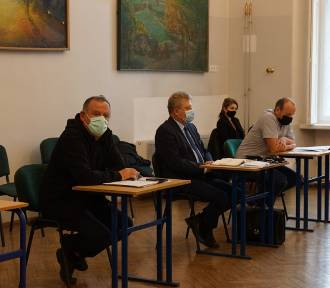 Komisja Gospodarcza z Pniew zapoznała się ze stanem dróg gminnych