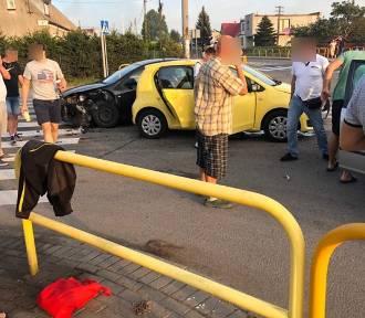 Łebcz: wakacyjna kolizja trzech samochodów na krzyżówce | ZDJĘCIA