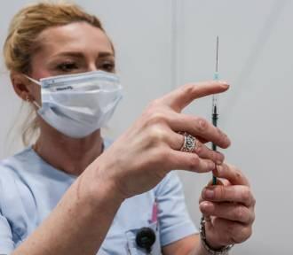 Obowiązkowe szczepienia dla wszystkich? Jarosław Kaczyński tego nie wyklucza