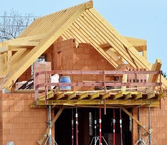 Ceny materiałów budowlanych 2021. O ile podrożały cement, wapno, płyty OSB?