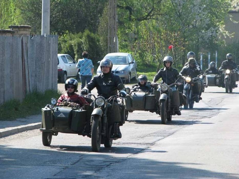 W ubiegłym roku w Sowicach można było zobaczyć też zabytkowe motocykle wojskowe