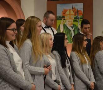 Koncert z okazji 40 lat pontyfikatu Jana Pawła II w kartuskim kościele św. Kazimierza ZDJĘCIA,