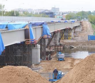 Kierowcy narzekają na korki spowodowane remontem mostu Lecha
