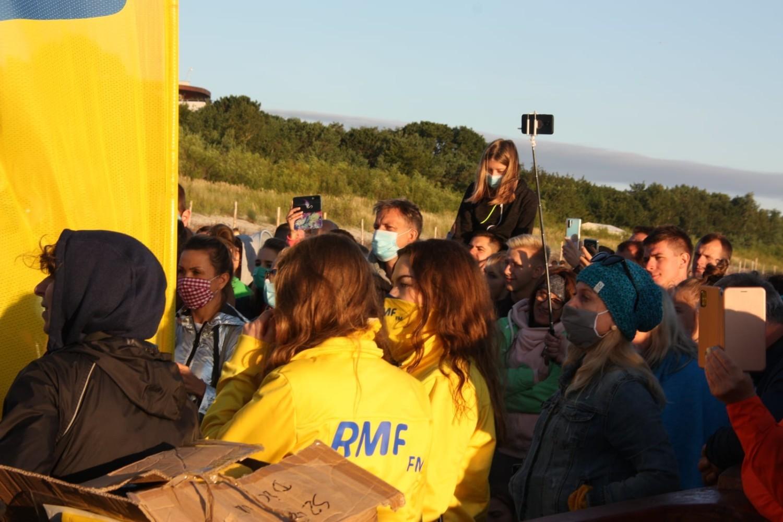 Paweł Domagała w Jastarni: koncert na plaży