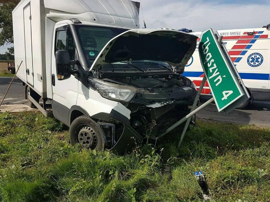 Trzy osoby ranne w wypadku w Perzynach