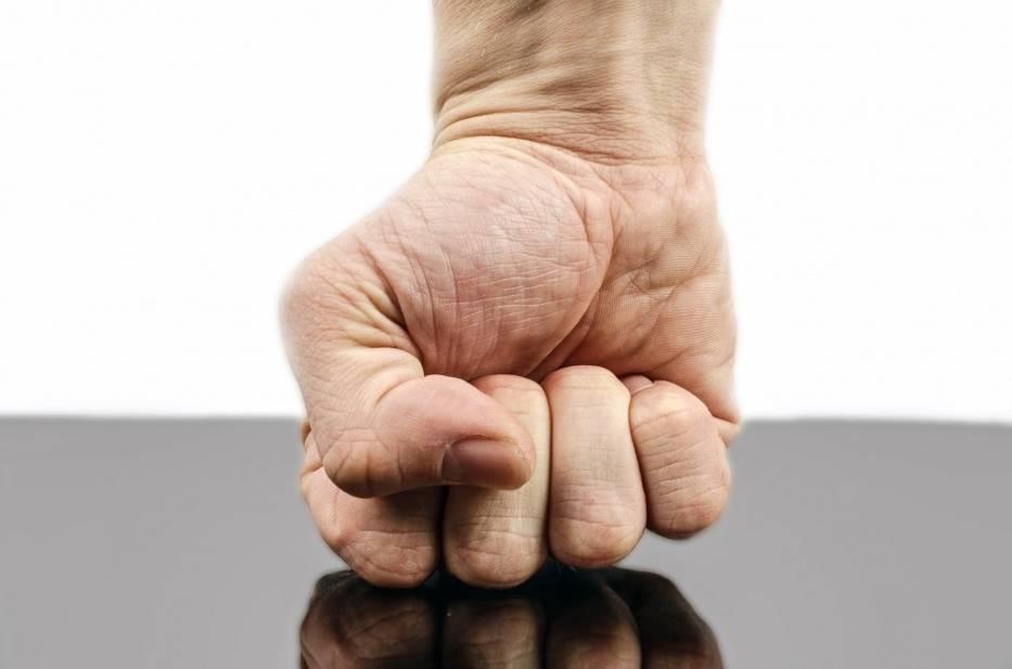Ofiary przemocy fizycznej w pracy: 14%