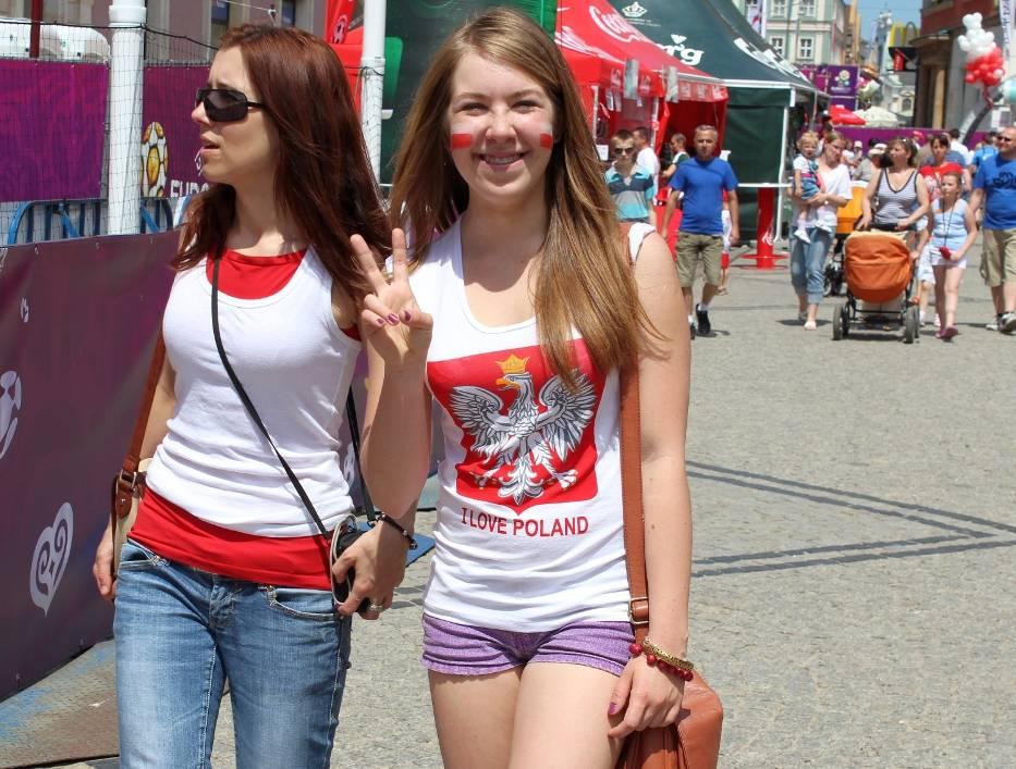 Biało-czerwona gorączka na wrocławskim Rynku [foto]