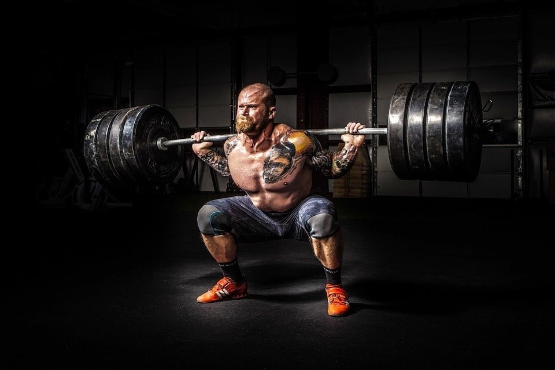 Suplementy diety dla sportowców – 7 związków o skuteczności potwierdzonej badaniami!