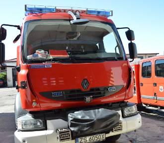 """Warszkowo - Wrześnica: Groźny wypadek, dwoje dzieci w szpitalu. Tuż przed zderzeniem aut na """"6"""""""