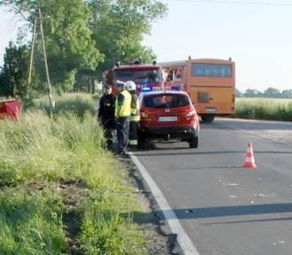 Tragiczny wypadek w Piesienicy. Nie żyje motorowerzysta