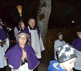 Dzień Zaduszny w Kartuzach - procesja na dolny cmentarz i msza św. za zmarłych strażaków ZDJĘCIA,