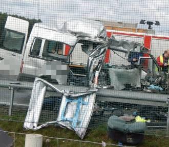 Śmiertelny wypadek. Zderzyły się dwa busy na S3